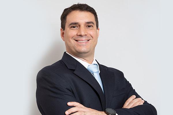 Dr. Alexandre Barbosa